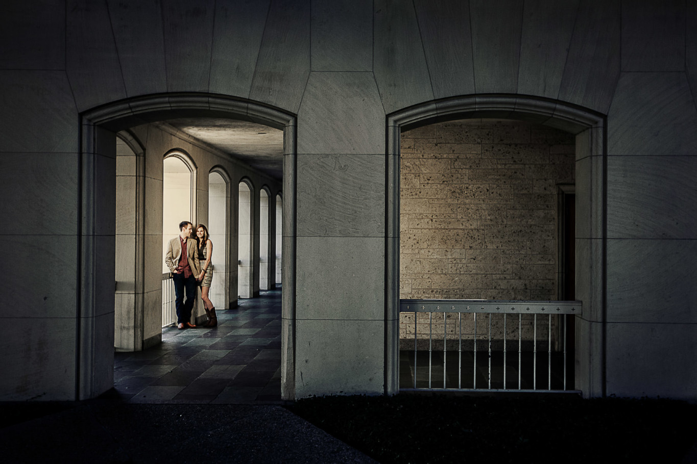 austin engagement session at UT campus by steve lee photography