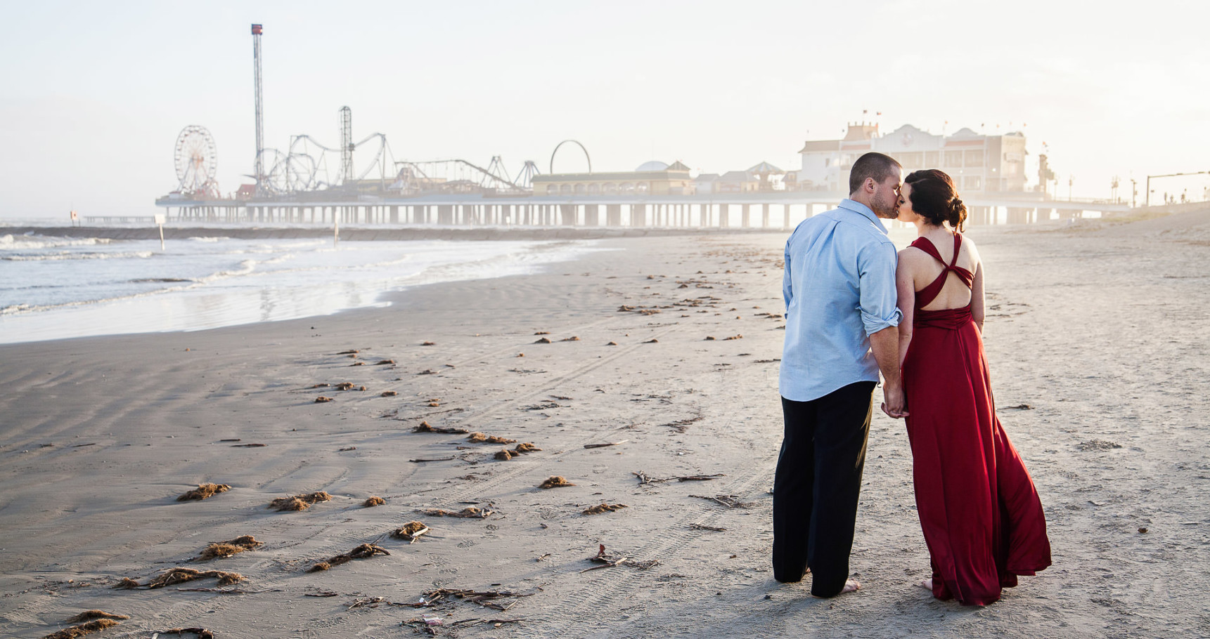 galveston engagement portrait session on the beach by steve lee photography