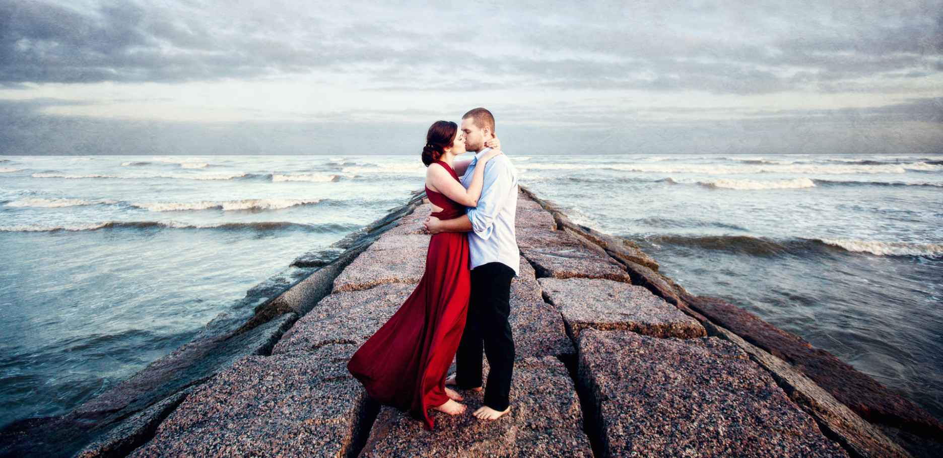galveston engagement portrait session on the jetty by steve lee photography