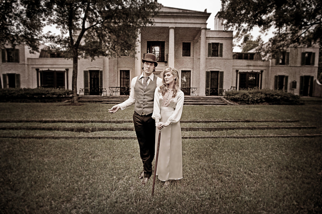 houston wedding vintage styled engagement portrait by steve lee photography